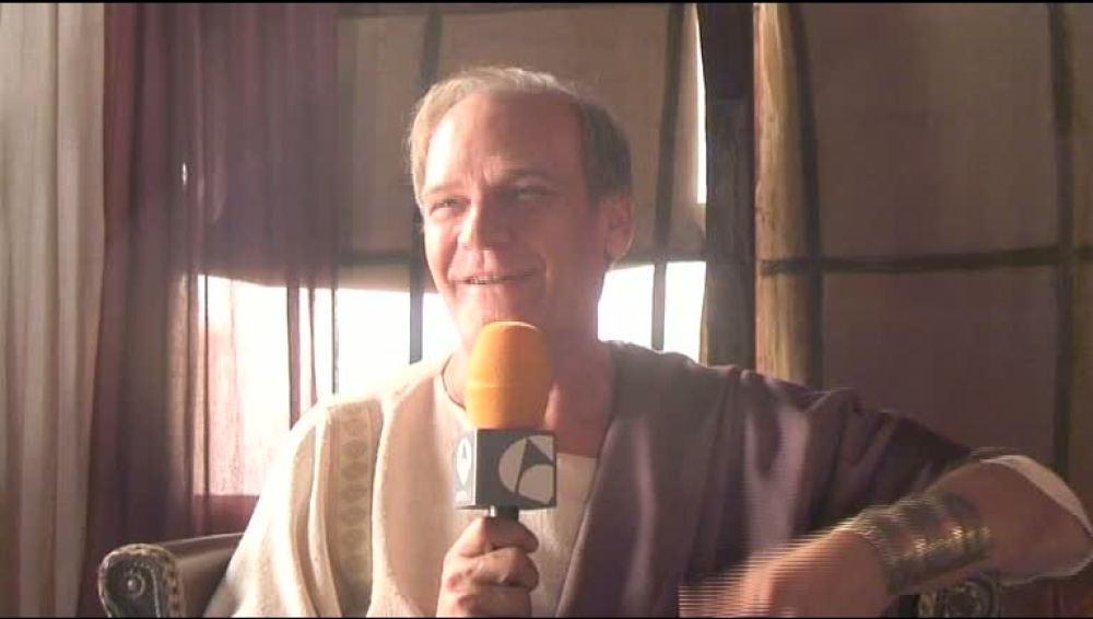 Entrevista con Lluís Homar en el set de rodaje de Hipania