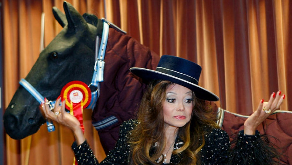 La Toya Jackson en el Salón Internacional del Caballo de Pura Raza Española