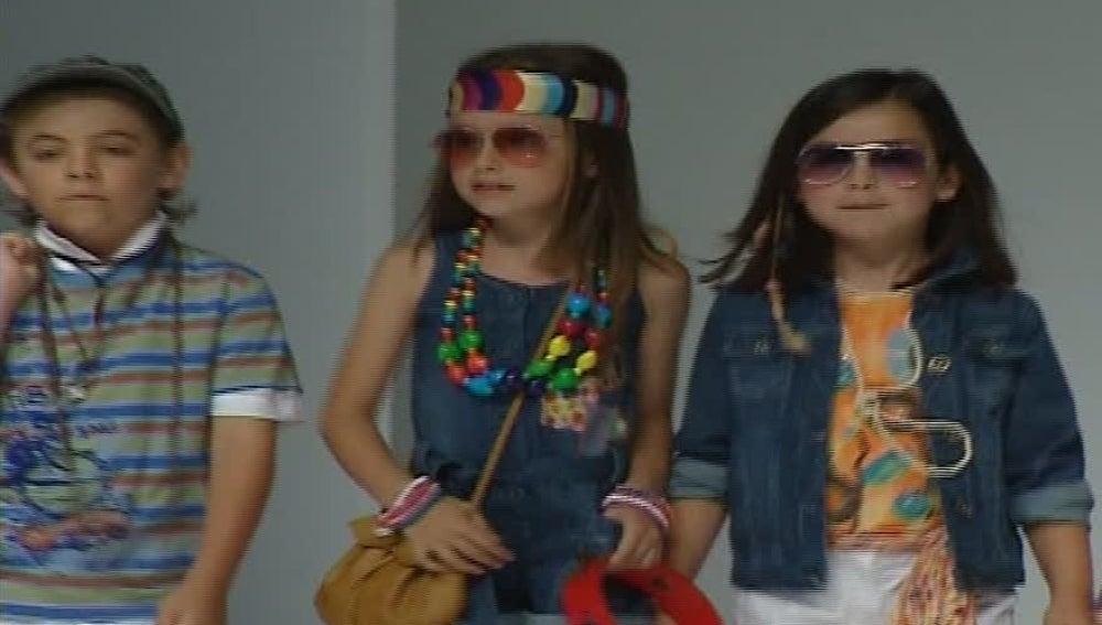 Niños en un desfile de moda