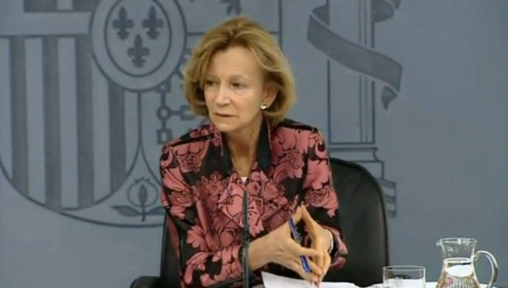 Elena Salgado tras el Consejo de Ministros