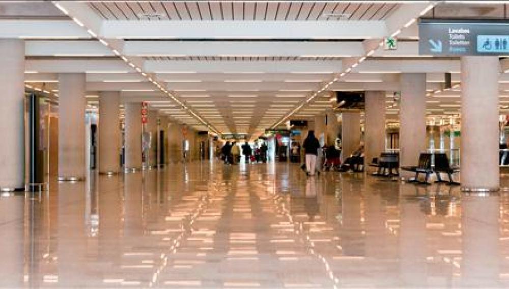 Aeropuerto de Palma, vacío por el conflicto laboral