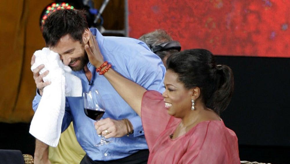 Oprah Winfrey con Jackman tras el accidente