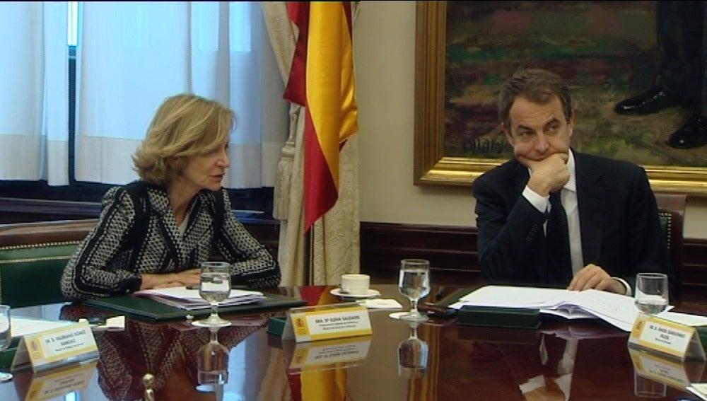 Elena Salgado cree que pronto se cumplirán los compromisos de déficit