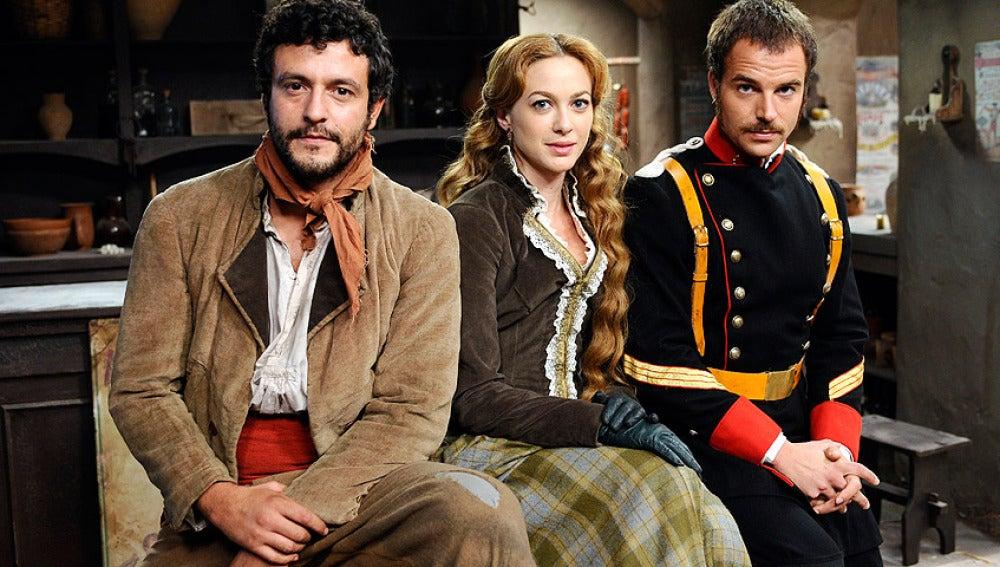 Roberto Pérez, Sara Reeves y Miguel Romero