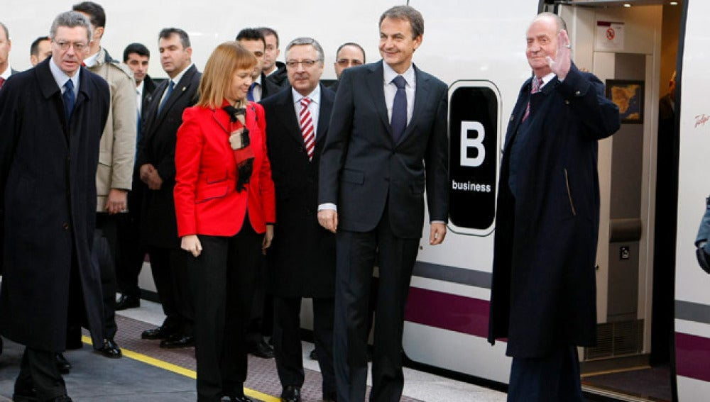 Zapatero en la llegada del AVE a Valencia