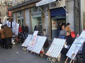Venta de Lotería de Navidad en la Puerta del Sol