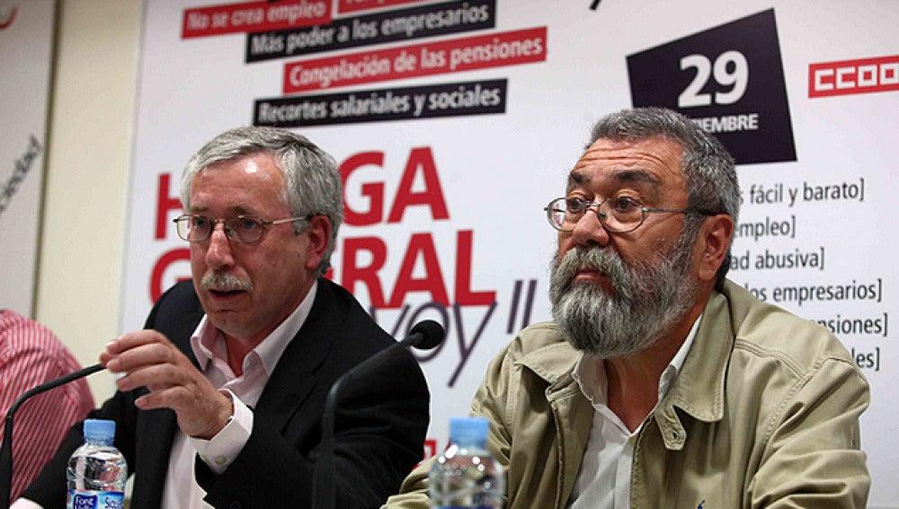 Los líderes de CCOO y UGT se reúnen con Valeriano Gómez
