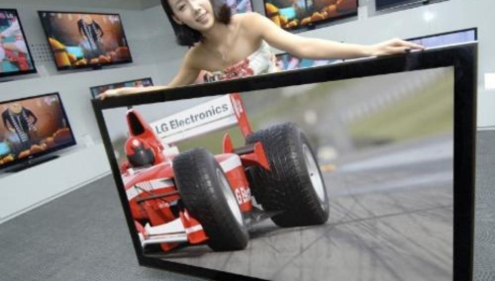 Crean televisor que emite en 3D sin gafas para Kinect