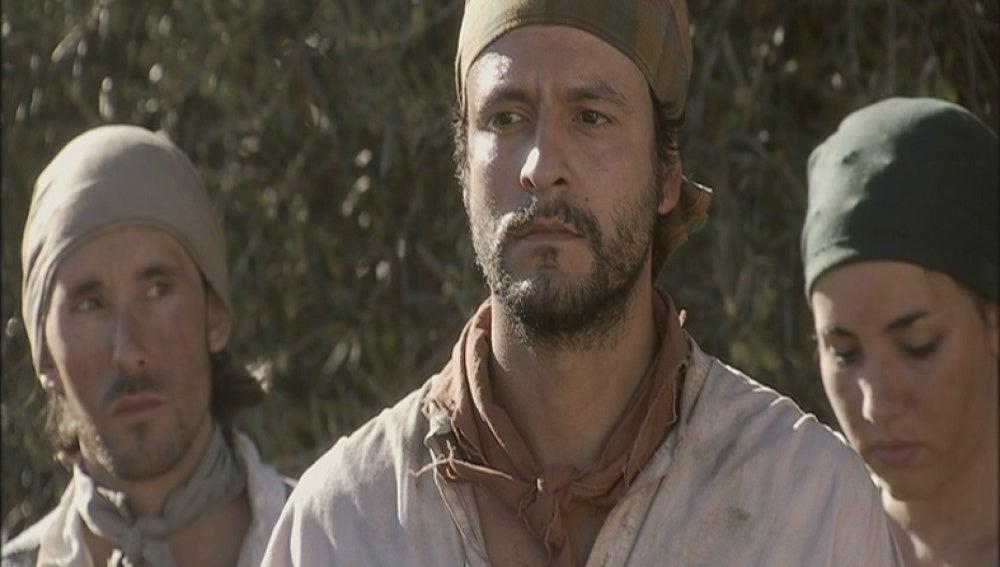 Roberto revela su traición a Don Germán