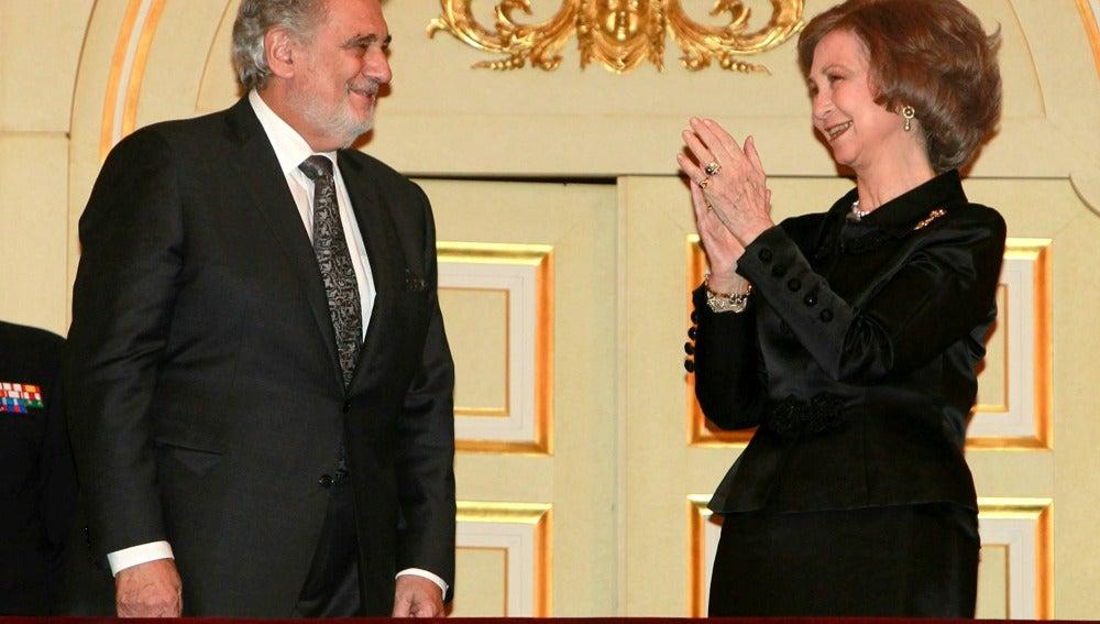 Plácido Domingo junto a la Reina Sofía