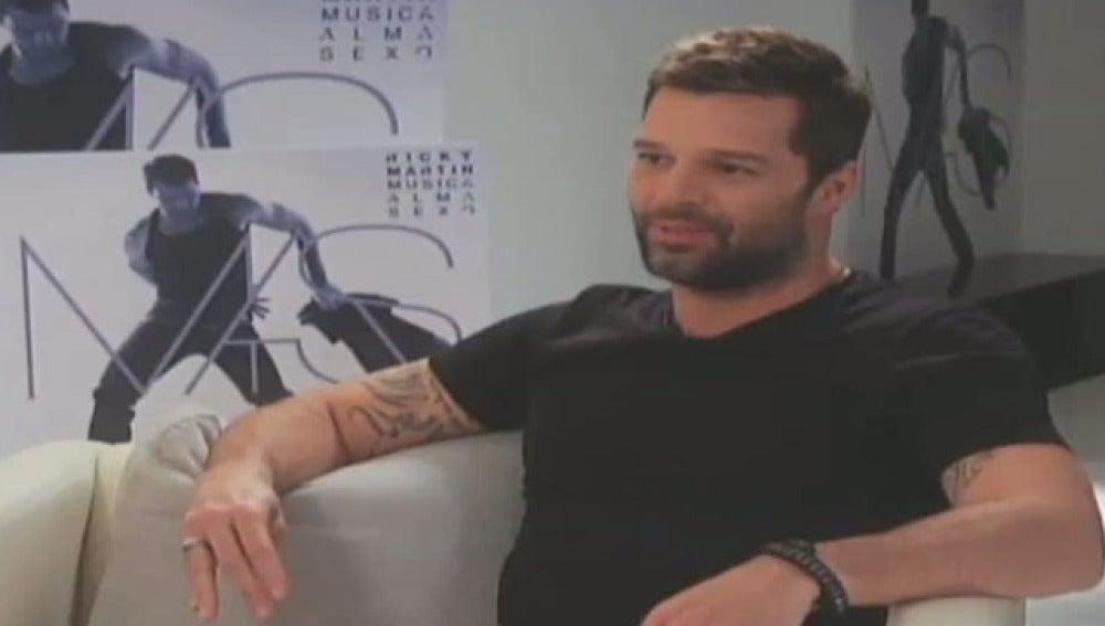 Abad entrevista a Ricky Martin