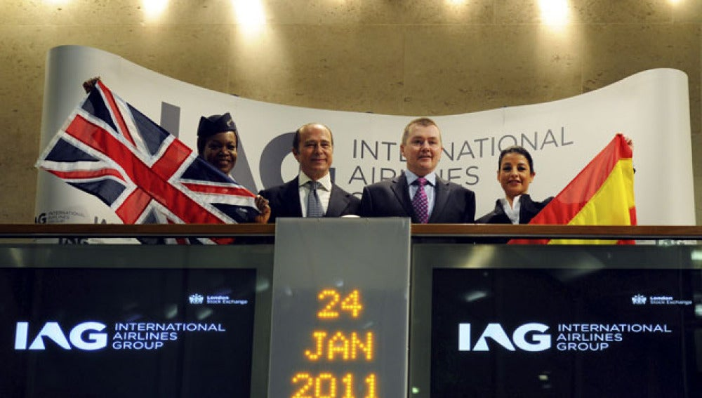 Iberia vuelve a la Bolsa bajo el nombre de IAG