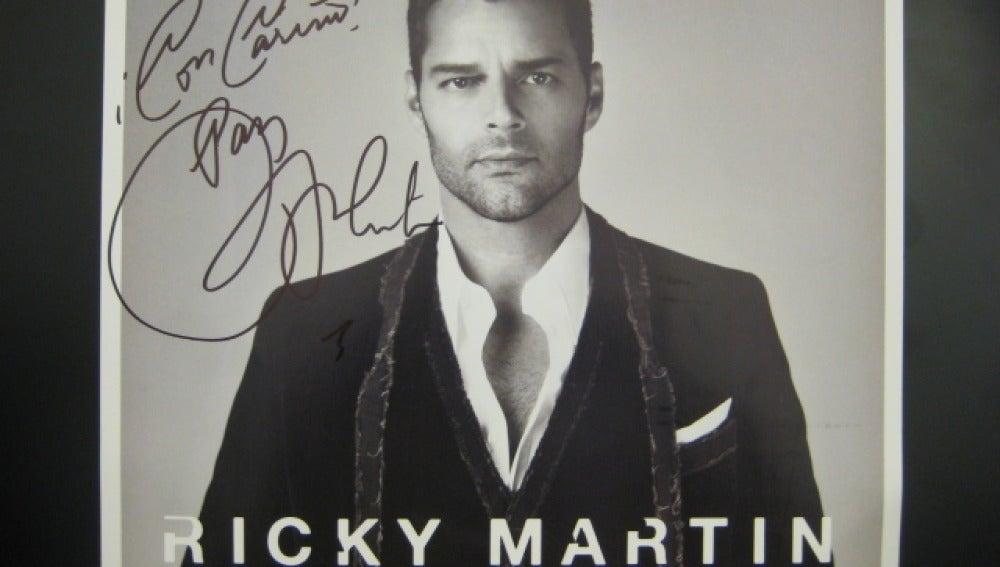Poster firmado por Ricky Martin