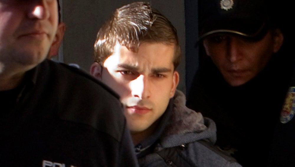Miguel Carcaño acude al juzgado en el juicio a 'El Cuco'