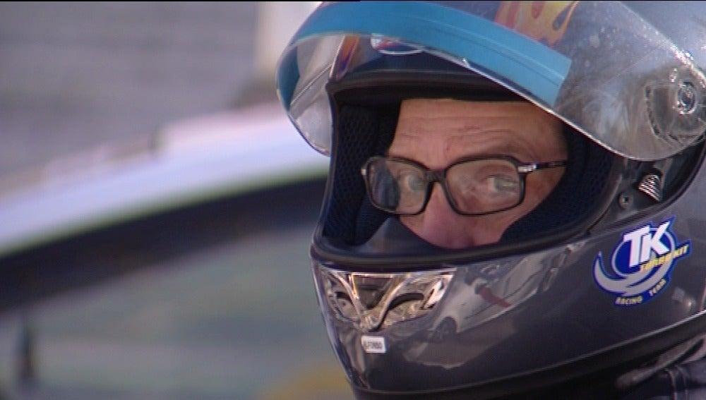 Motorista con gafas