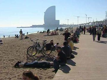 La playa de Barcelona, un atractivo turístico