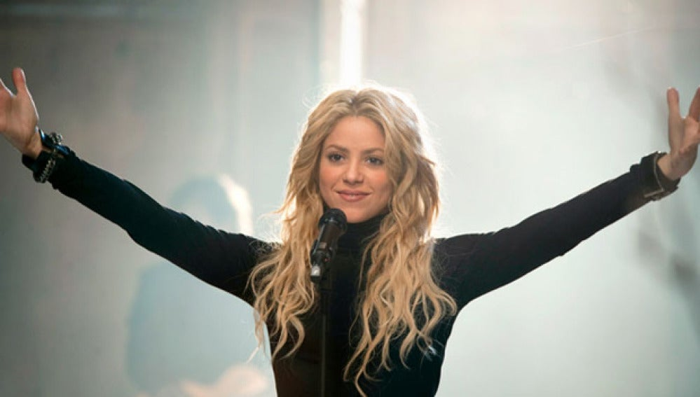 Shakira, sale el sol