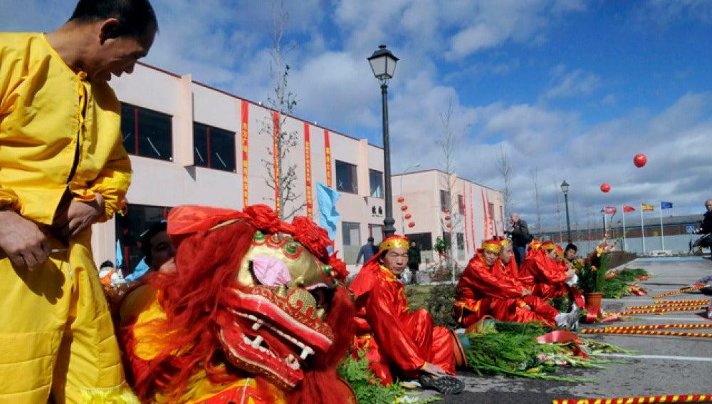 Dragones chinos en Fuenlabrada