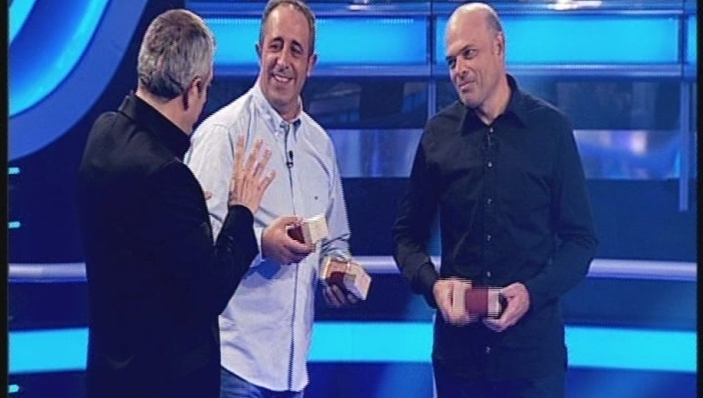Antonio y Manuel en Atrapa un millón