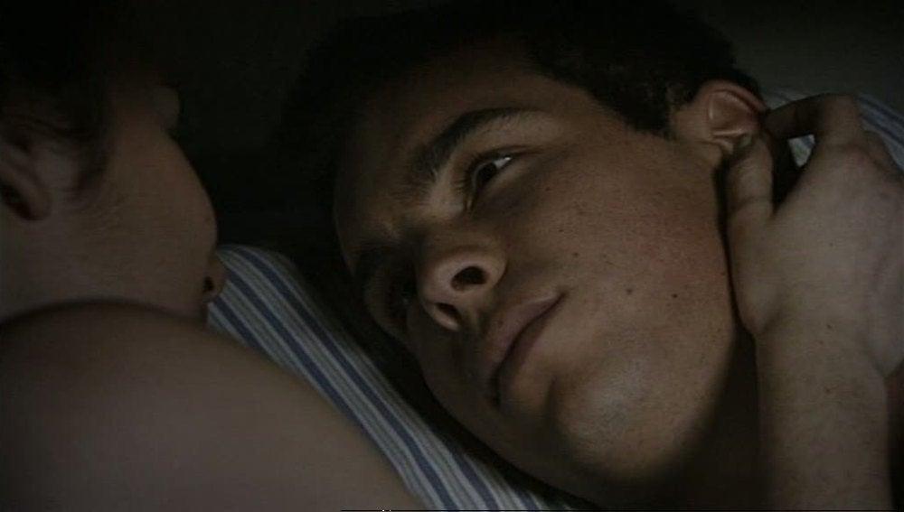 Ulises echa a Julia de su cama