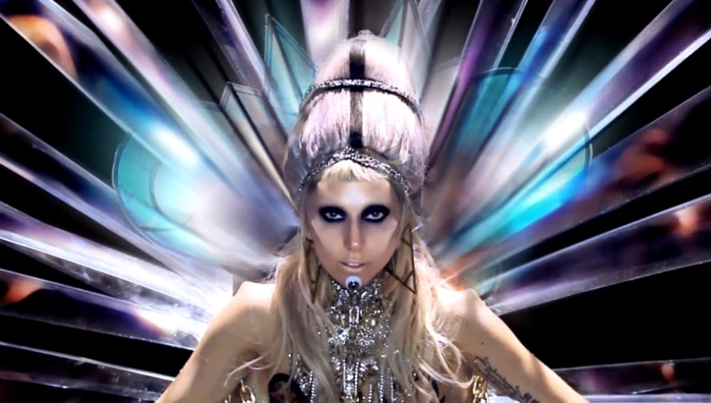 Lady Gaga en el videoclip de 'Born This Way'