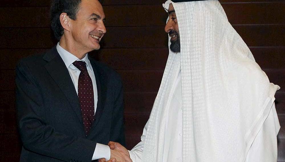 Zapatero con el príncipe heredero de Abu Dhabi