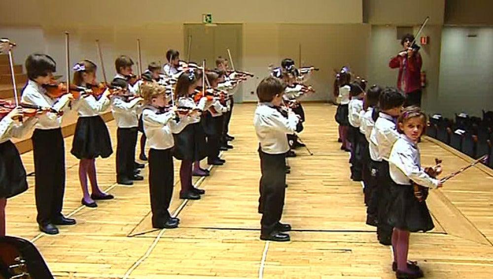 Pequeños violinistas
