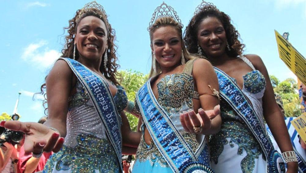 Las princesas y la reina del Carnaval de Rio de Janeiro
