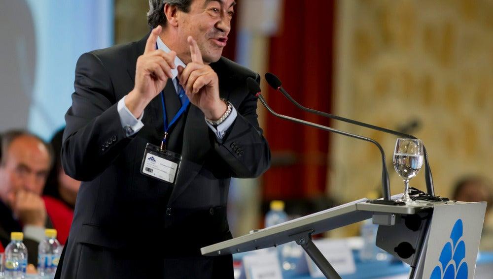 Cascos, en el congreso fundacional del Foro Asturias