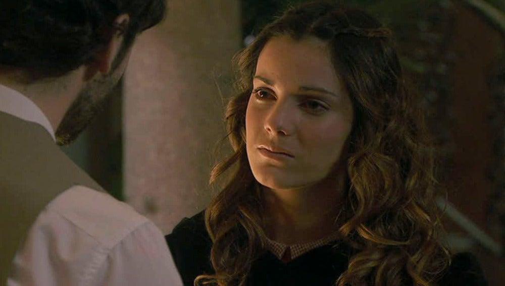 Soledad se confiesa a su hermano