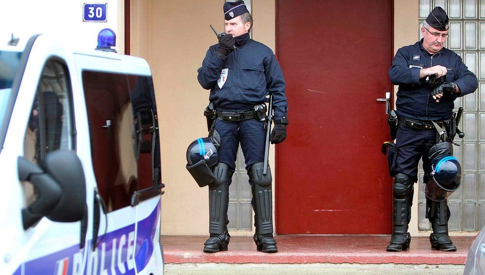 La Policía gala en una detención de miembros de ETA