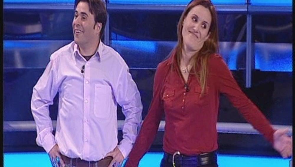 Andrés y Azucena en Atrapa un millón