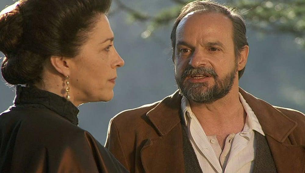 Raimundo y Francisca en la Casona