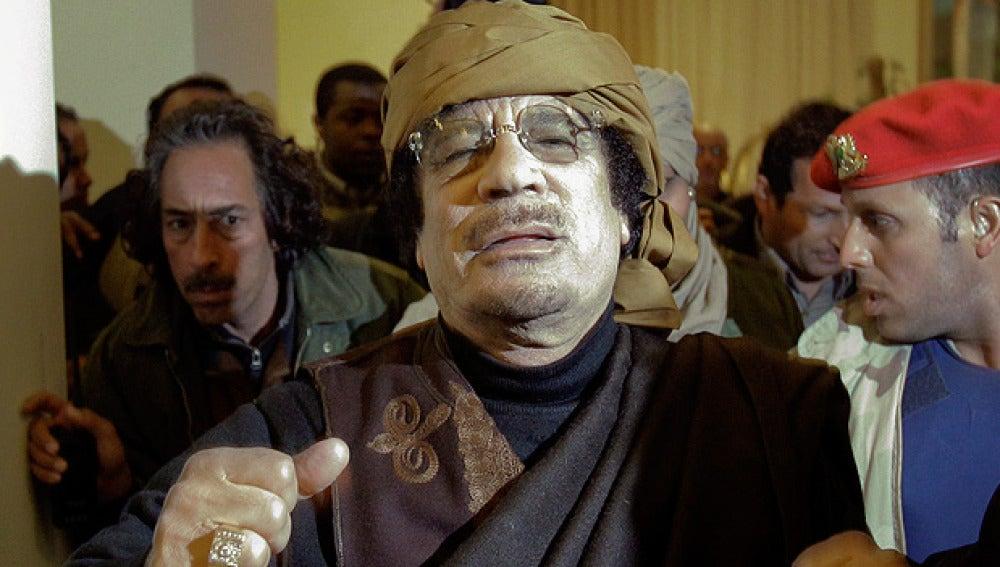 Gadafi, durante una rueda de prensa