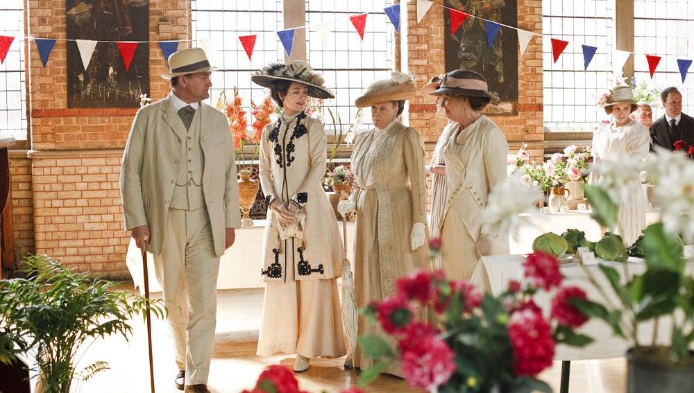 Robert, Cora, Violet y Isobel