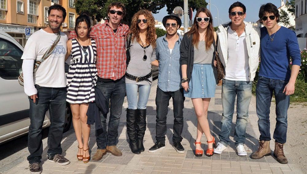Juan Pablo Shuk, Giselle Calderón, Iván Massagué, Sheila Casas, Javier Hernández, Blanca Suárez, Mario Casas y Alex Hernández