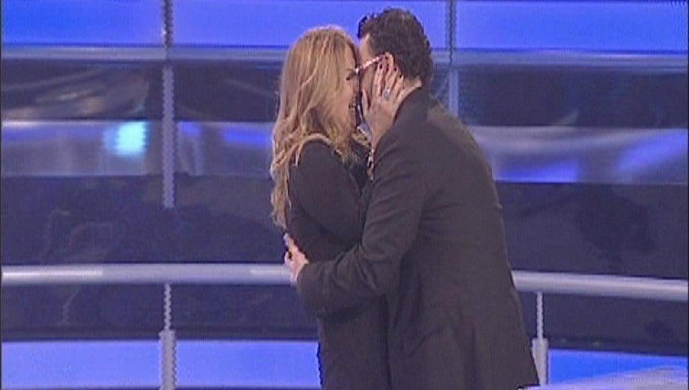 Cristina y Roberto en Atrapa un millón