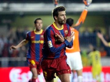 Piqué celebra el gol del Barcelona