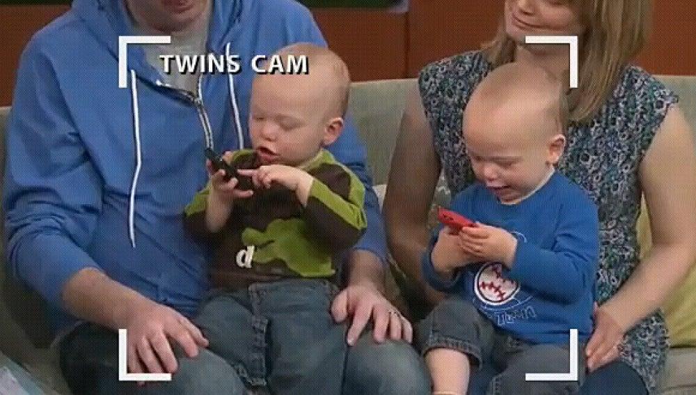 Los gemelos parlanchines en 'Good Morning America'