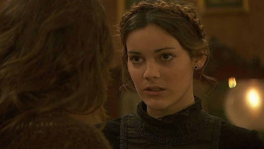 Soledad pide ayuda a Pepa para escapar de la Casona