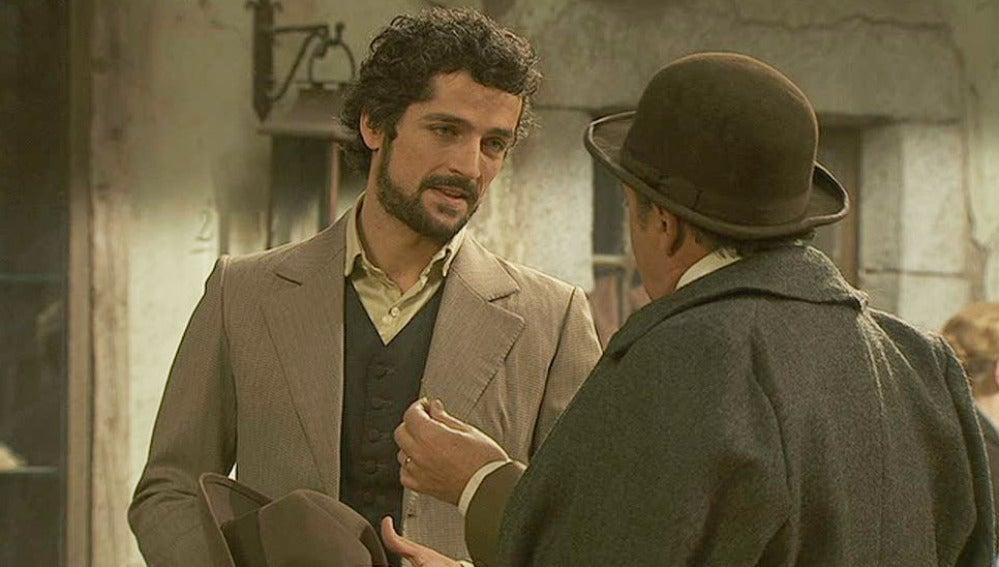 El alcalde y Francisca se enteran de los futuros planes de Sebastian