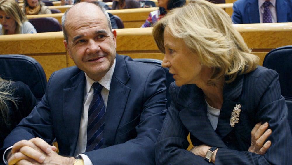 Manuel Chaves y Elena Salgado en el Senado
