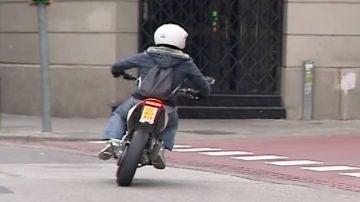 Agrede a su examinador del carnet de moto por suspender, en Lugo