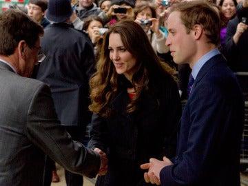 Guillermo y Kate en un acto público