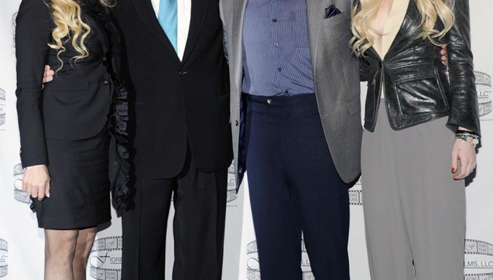 Vitoria Gotti, John Travolta, Lindsay Lohan y John Gotti Jr. en la presentación de la pelicula