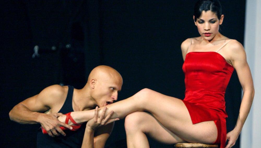 Escena de 'Las Zapatillas Rojas'