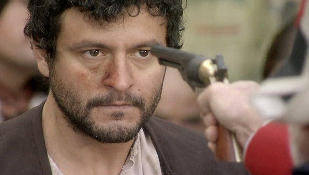 Roberto es acusado de abusar de Eugenia
