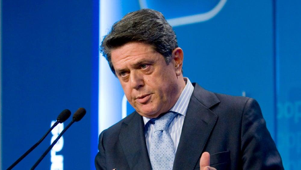 Federico Trillo, del Partido Popular