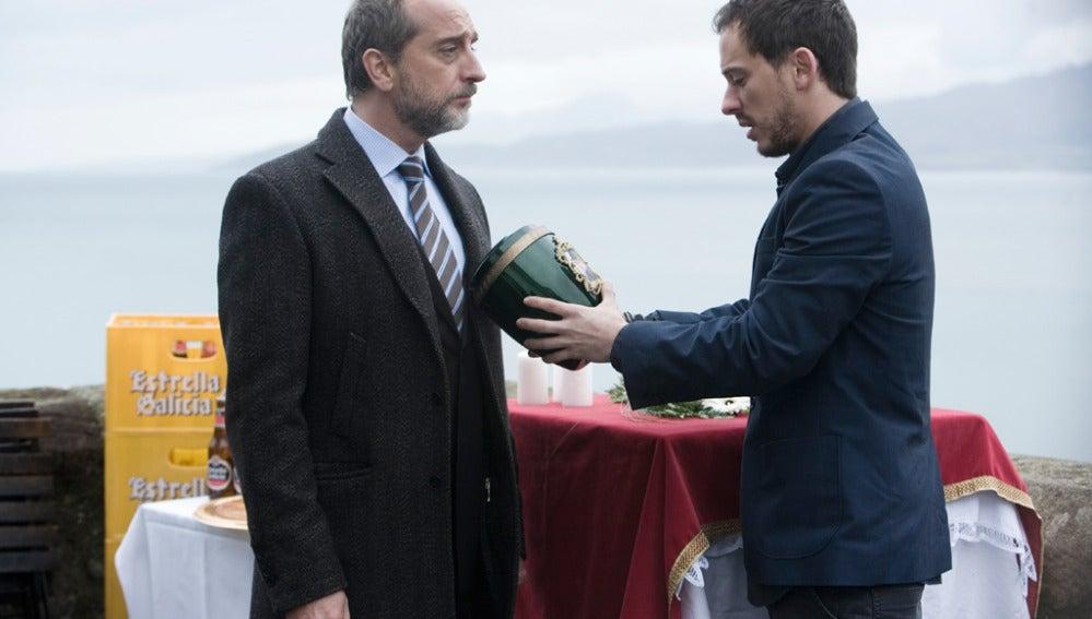 De cómo Mateo reúne a Tom con las gaviotas