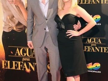 Con su partenaire Robert Pattinson